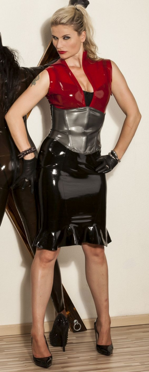 Latex – BDSM Queen Syonera von Styx