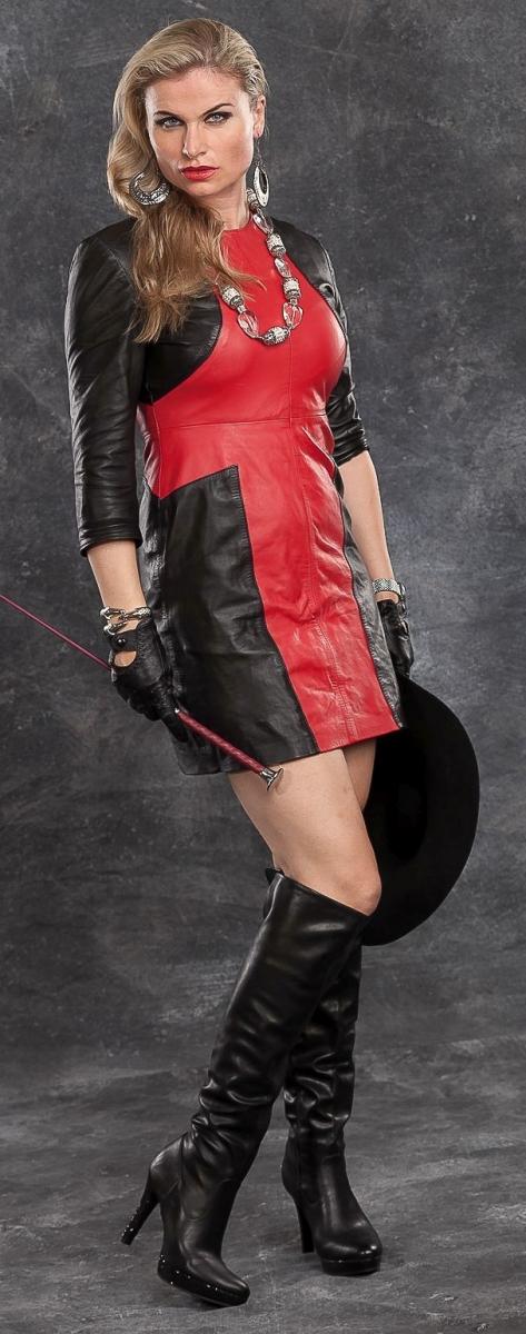 Leder – BDSM Queen Syonera von Styx